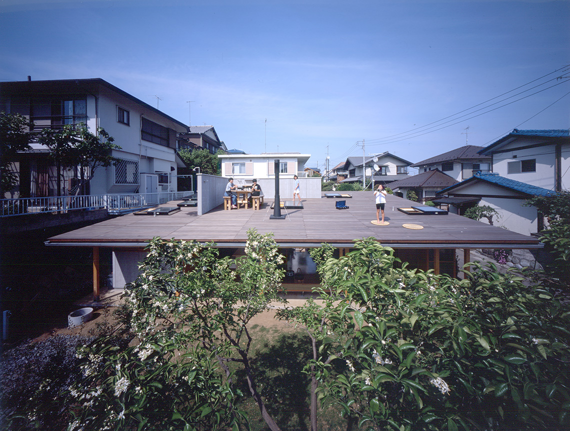 TakaharuTezuka Roof house